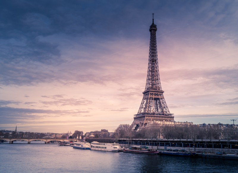 eiffel-tower-virtual-proposal-ideas