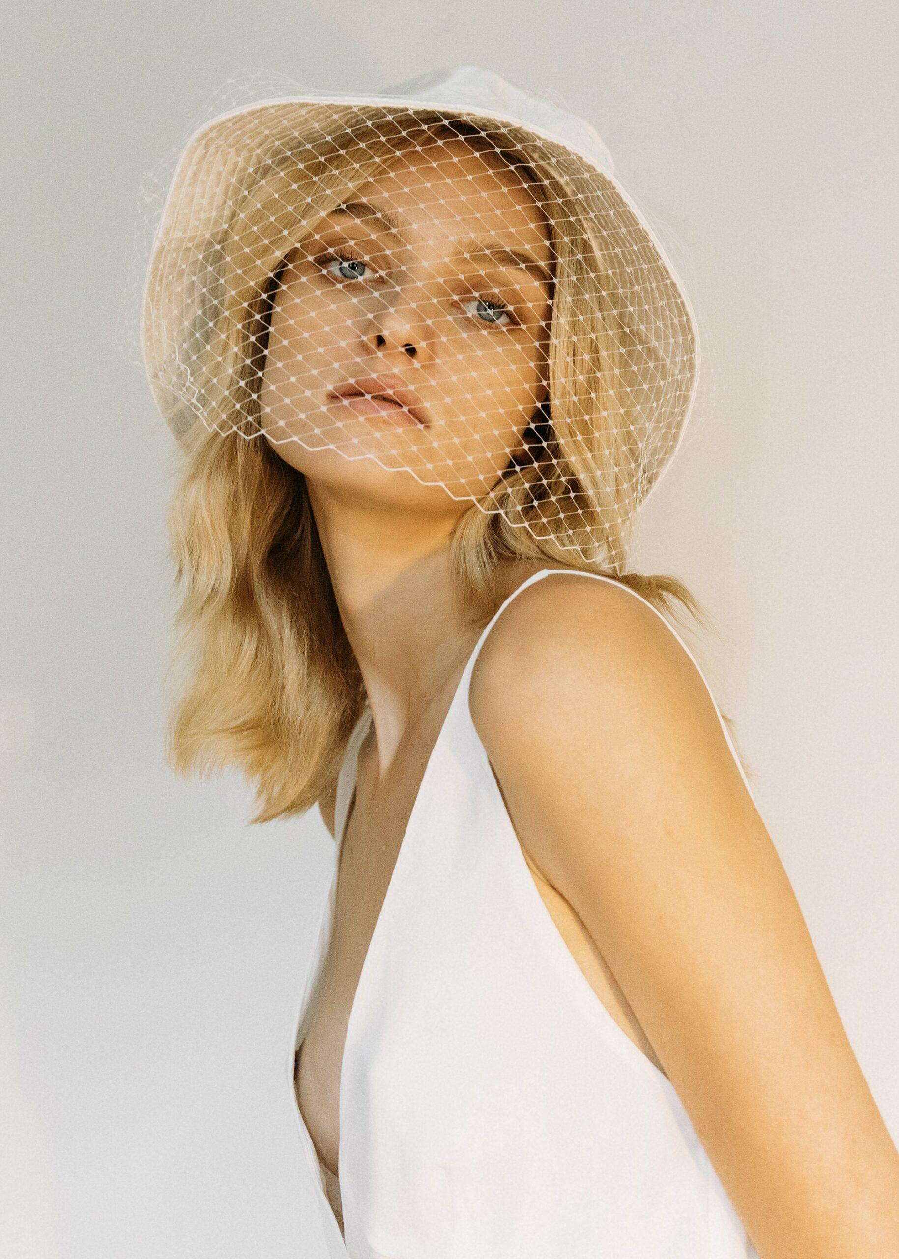 wedding-hair-accessories-jennifer-behr-hat